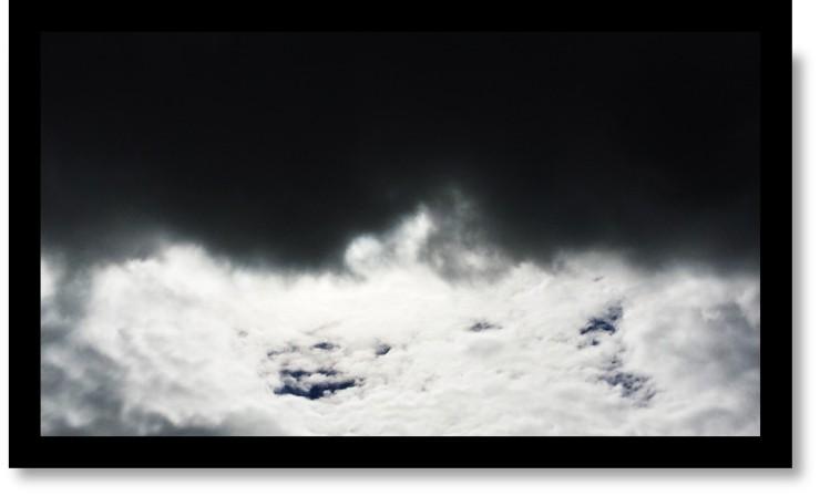 dark_white_clouds